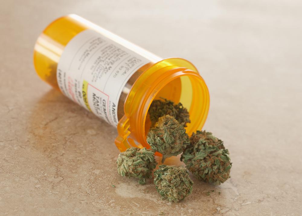 bottle-cannabis